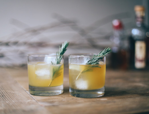 bourbon rosemary lemon cocktail | chasingkendall